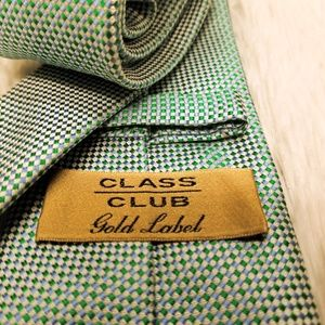 Class Club Gold Label 100% Silk Men's Tie (A197)